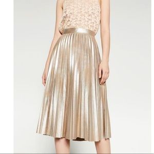 Zara pleated metallic gold mid skirt